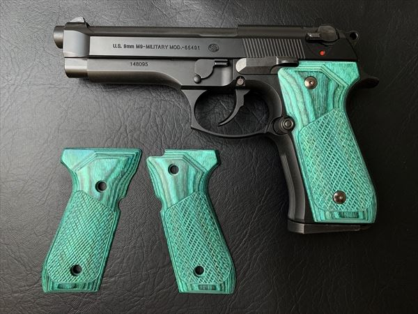 Wood Grip U.S.M9/M9A1(Checker / Green)